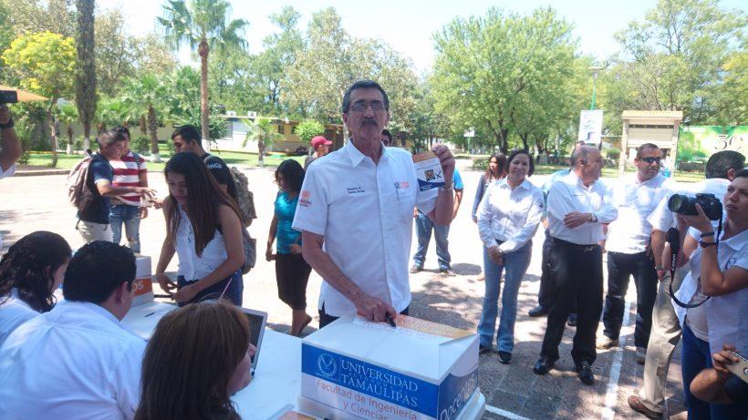 Suarez Fernandez, haciendo valido su derecho al voto
