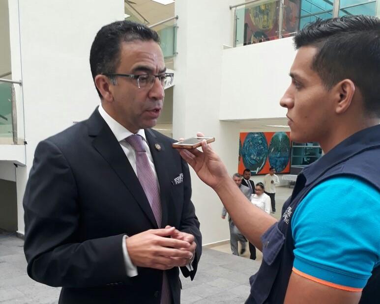 Entrevista con el senador de Puebla durante el Primer Informe de Gobierno de Tamaulipas