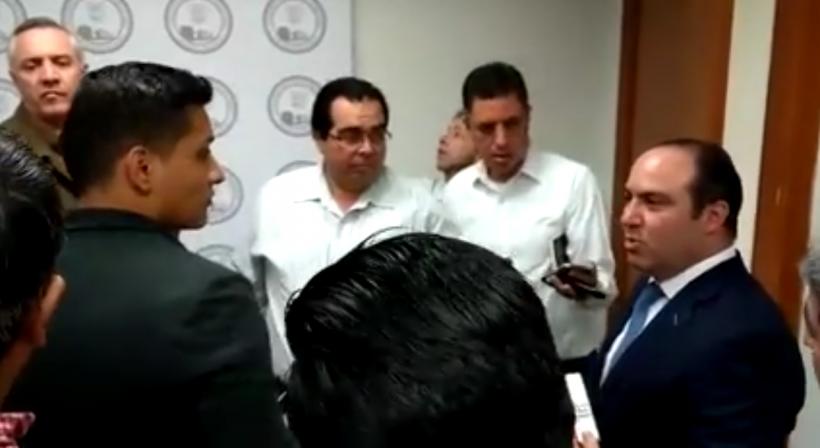 Garcia Gonzalez, previo a la sesión de Diputacion Permanente